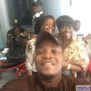 YBNL Boss, Olamide Takes A Selfie With The Agege Bread Seller Turned Model